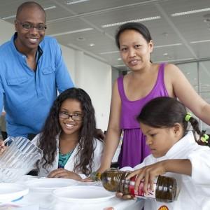 Een gezin op de Shell Family Day. Foto: Rob Groot